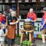 Dorffest 2015 Fassanstich Südtirol